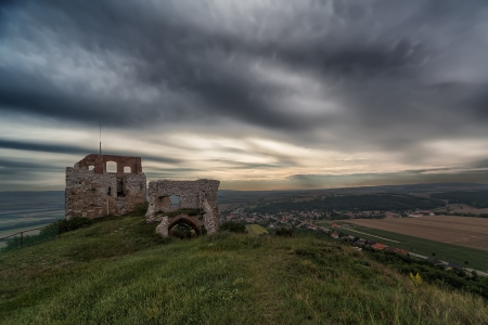 11th century: The first castle at this place was built in the 11th century