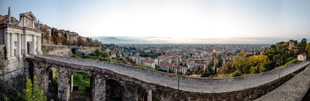 san giacomo: Bridge and gateway to the ancient Venetian walls of the medieval town of Bergamo.