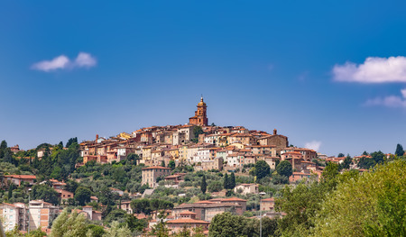 Sinalunga is a town and comune in the province of Siena, in the Tuscany region of central Italy.