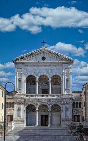 Massa Cathedral is a Roman Catholic cathedral in Massa, Tuscany, central Italy. 版權商用圖片