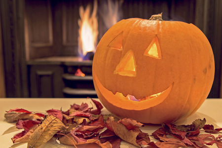 jack o  lantern: Showing a spooky orange smiley halloween pumpkin
