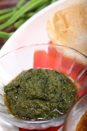 green chutney, pudina or mint sauce
