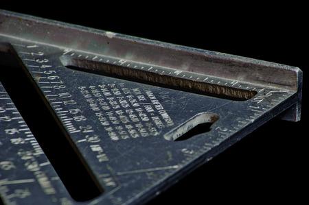 大工のツールには、速度の正方形が含まれます。