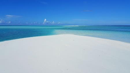 sandbank: P00322 Maldives beautiful white sandy beach background on sunny tropical paradise island with aqua blue sky sea water ocean 4k