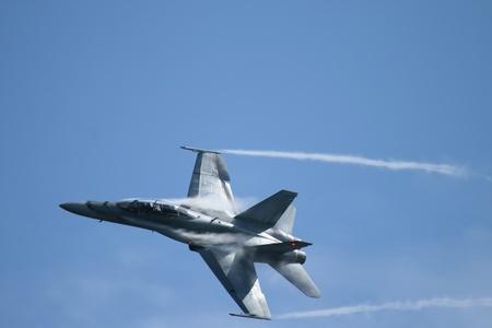 f 18: 2011 Hornet Demo Practice