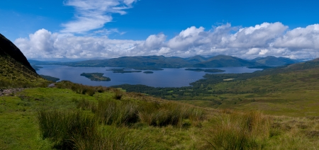 loch lomond: Panorama of the lake Loch Lomond in Scotland