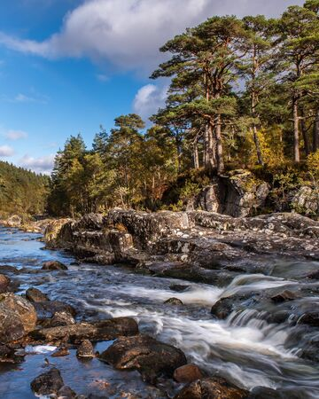Glen Affric's stunning landscape is the perfect combination of pinewoods, lochs, rivers and mountains It is perhaps the most beautiful glen in Scotland. Stock fotó