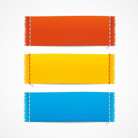 etiquetas de ropa: Ilustración del vector realistas etiquetas de la ropa de tela establecer, en blanco horizontales vacía