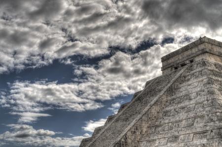 itza: Mayan pyramid  at Chichen Itza in Mexico
