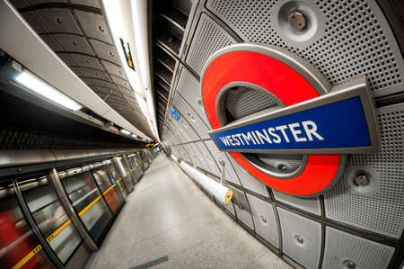fish eye: Fish eye perspective  of the tube sign in the Webmister underground station in London, England