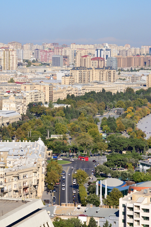 Prospect Neftyanikov running along the Caspian Sea in Baku. On this avenue there are automobile competitions, among them Formula 1. Sajtókép