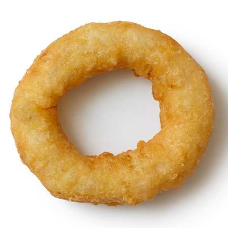 onion: Individual profunda anillo de cebolla o calamares fritos aislada desde arriba. Foto de archivo