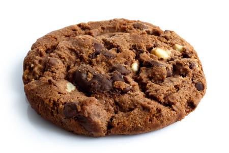 galleta de chocolate: One dark chocolate chip cookie isolated on white. Foto de archivo