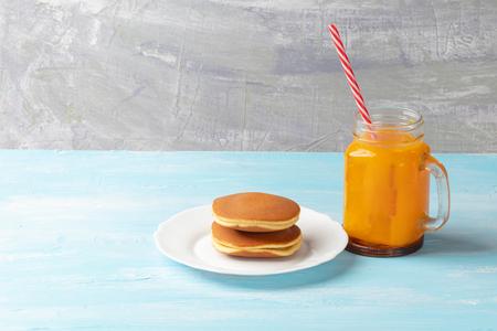 close up of stack dorayaki (Japanese Pancake Sandwich) Reklamní fotografie - 123250555