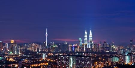 городской пейзаж: Столица Малайзии, Куала-Лумпур в ночное время