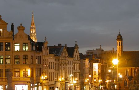 Cityscape of Brussels just after sunset.  版權商用圖片