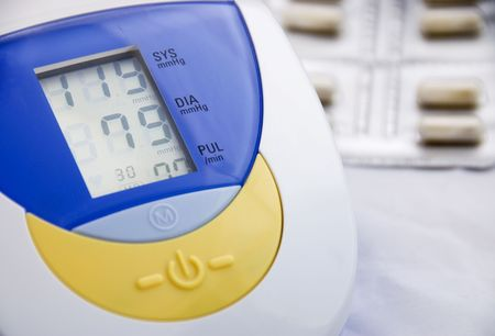 Electronic Instrument measuring pulse rate and blood pressure