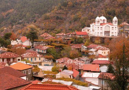 Land Dorf Pedoulas in Zypern Standard-Bild - 3871358