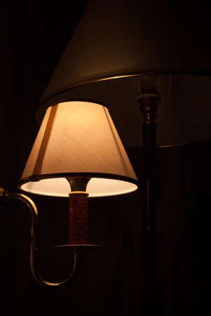 Room light bulb illuminating bright yellow light 版權商用圖片