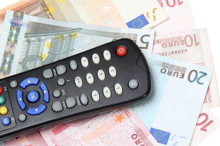 banconote euro: Telecomando TV sulle banconote in euro Archivio Fotografico