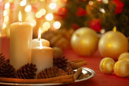 white candle: Christmas Table Decoration