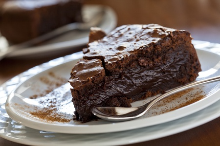 pastel de chocolate: Cerca de la fotograf�a de una rebanada de pastel de chocolate
