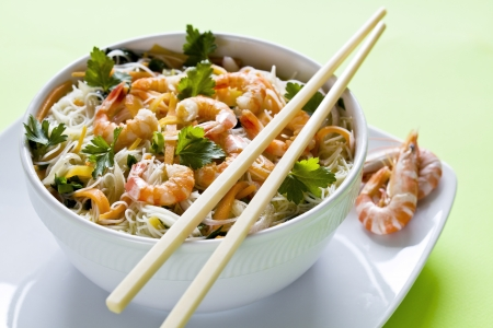 Photograph of a chinese bowl of noodles with shrimps
