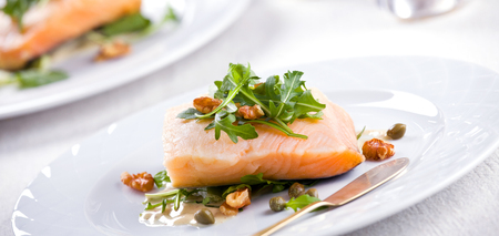 Photograph of a fancy meal of fresh salmon Standard-Bild
