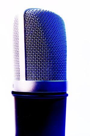 cardioid: Un disparo aislado de un estudio profesional vocales micr�fono de condensador