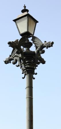 Gargoyles decorar um poste de luz em Mazatlan, no M�xico