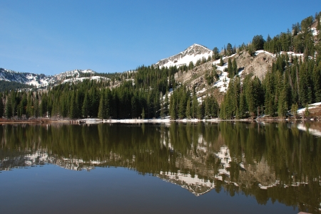 cottonwood canyon: Beautiful reflection at Silver Lake in Big Cottonwood Canyon east of Salt Lake City