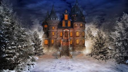 château de conte de fées au milieu de la forêt enneigée Banque d'images