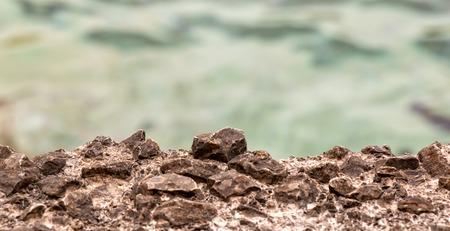 water s edge: Bordo dell'acqua s con piccole pietre