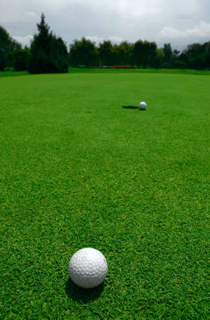 failed attempt: A Golfball at Hole
