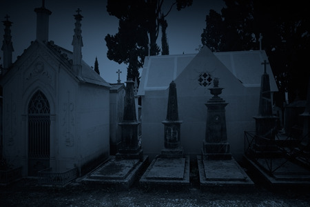 Old european cemetery at twilight Archivio Fotografico