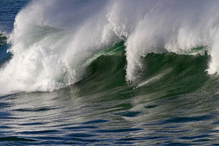 oceanic: Detailed image of a large breaking oceanic wave Stock Photo