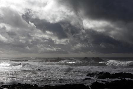 the granola: Dram�tico nublado oto�o e invierno paisaje marino antes de la tormenta