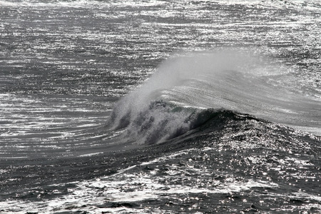 glistening: Abstract glistening ocean with a windy wave