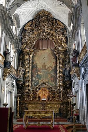 fraternidad: Altar de Iglesia de San Nicol�s (orfebres hermandad casa), Porto, Portugal.
