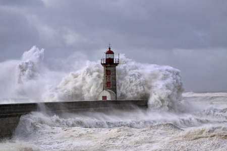 Entry of Douro River harbor on the first big storm of the year; Wind gusts reach 140/150 Kms