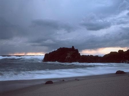 Empty beach before storm at sunset. Northern portuguese coast. Analog: 120 slide film Archivio Fotografico