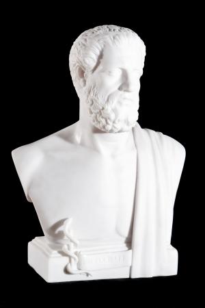 黒の背景に分離されたヒポクラテスの古典の白い大理石のバスト 写真素材