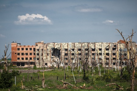 shelling: View of donetsk airport ruins after massive artillery shelling