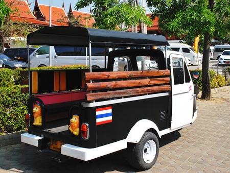 tuktuk: TukTuk taxi  in Ayutthaya