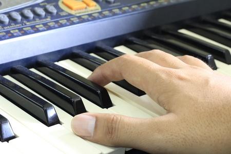 fingering: Keyboard and fingering posture