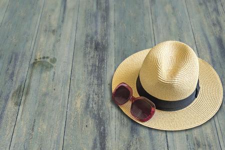 Accesorios de playa para mujer, vacaciones Foto de archivo - 99374650