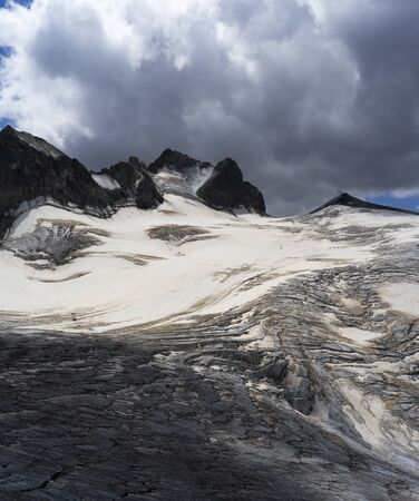 French Alps Glacier Foto de archivo - 131961046
