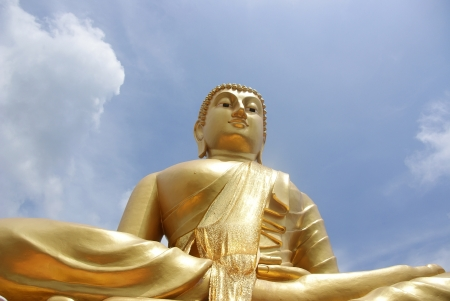 Buddha statue from look up view Stock Photo - 15865218