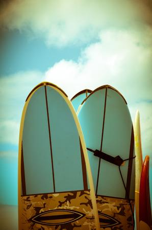レトロなスタイルのサーフボードのビンテージ ハワイ イメージ