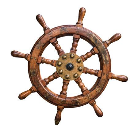 timon barco: Volante aislado de la vendimia de madera y latón del barco con el fondo blanco Foto de archivo